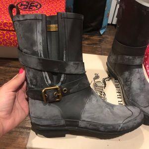 Burberry Rain Boots EUC